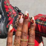 Christmas nails - Red plaid nails