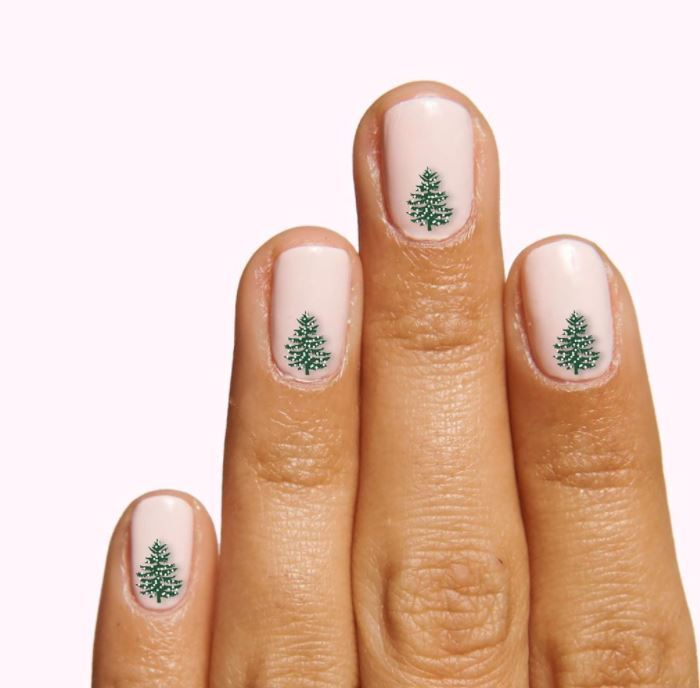 Christmas Nails - Christmas tree nails