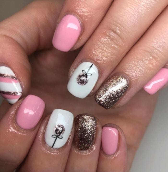 Christmas Nails - Pink and Gold nails