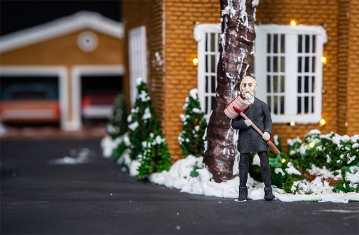 Home Alone House Gingerbread - Marley