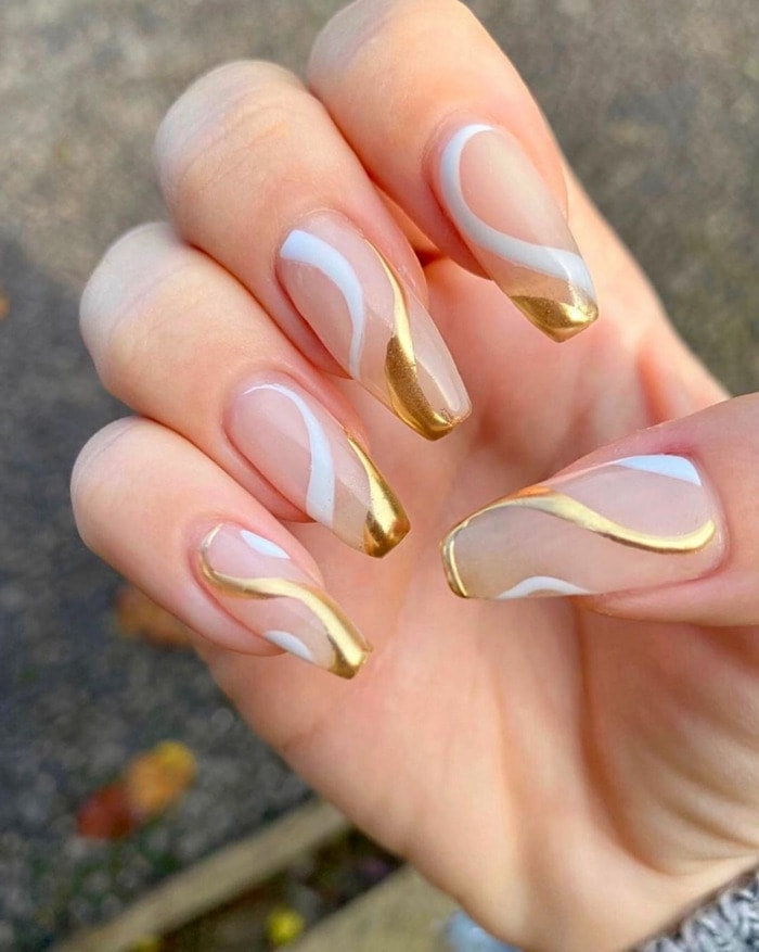 New Year's Nail Designs - Gold Waves