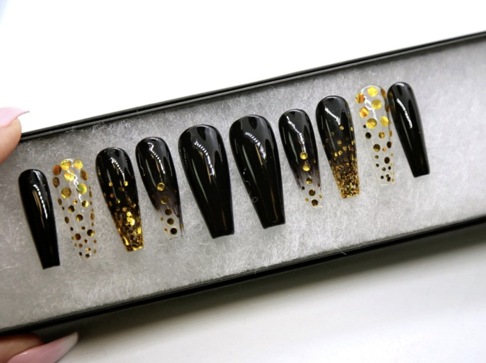 New Year's Nails - Black and Gold Press On