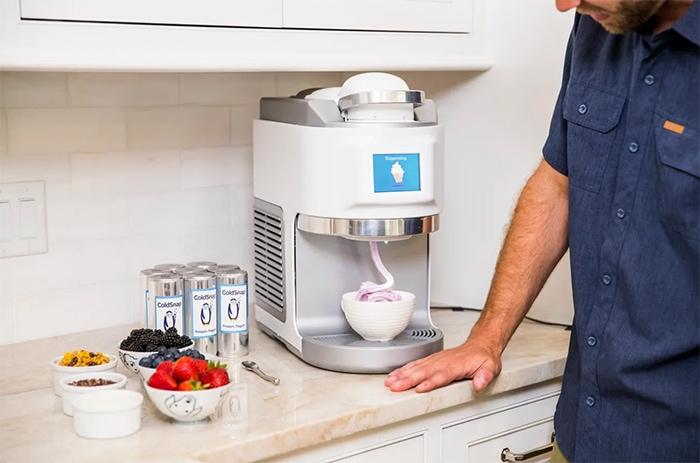 ColdSnap Ice Cream Maker - making soft serve