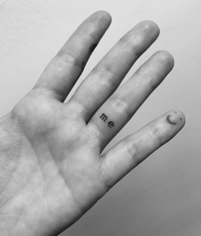 Minimalist Tattoos - Me on finger