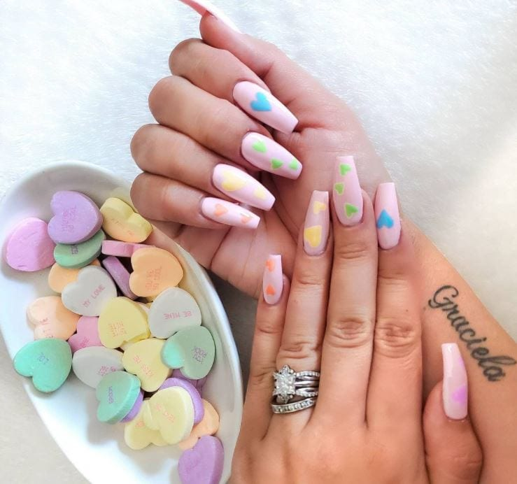 Valentines Nails - Coloured pastel hearts