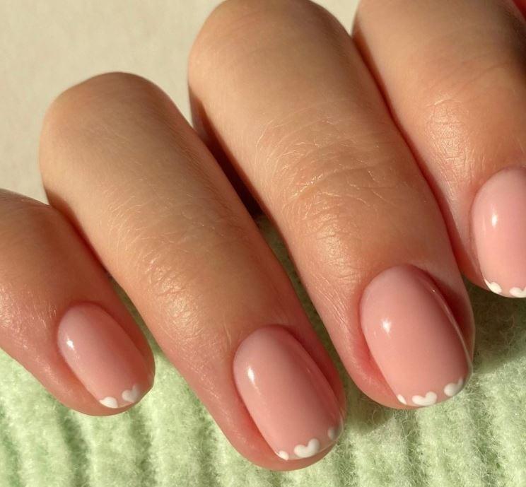 Valentines nails - Tiny cute hearts