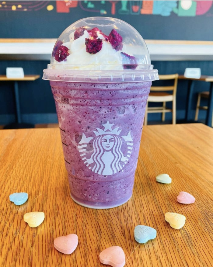 starbucks valentines day drinks - galentines day frappuccino