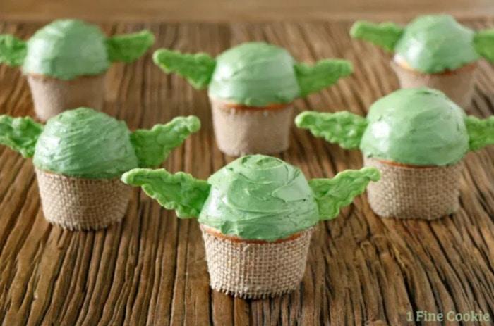 Baby Yoda Cupcakes - faceless green Yoda cupcakes