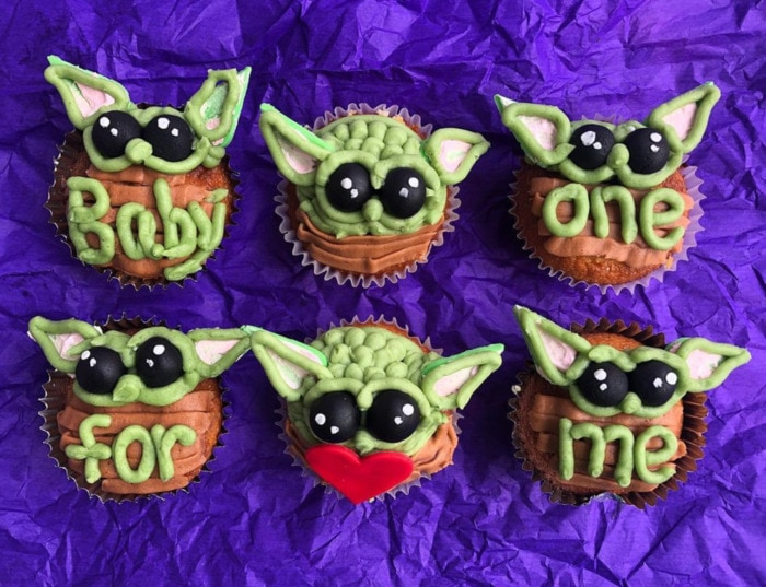 Baby Yoda Cupcakes - baby yoda one for me cupcakes