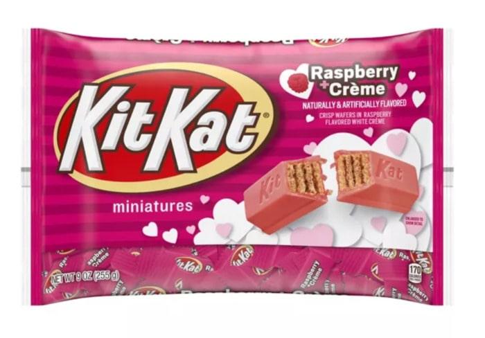 Valentines Day Snacks - raspberry kit kats