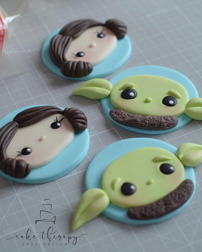 Baby Yoda Cupcakes - Yoda and Leia Toppers