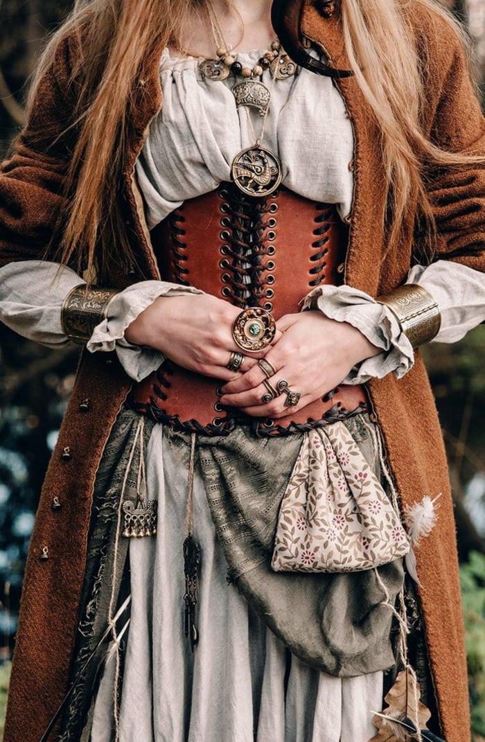Corset Roundup - Renaissance corset belt forest witch