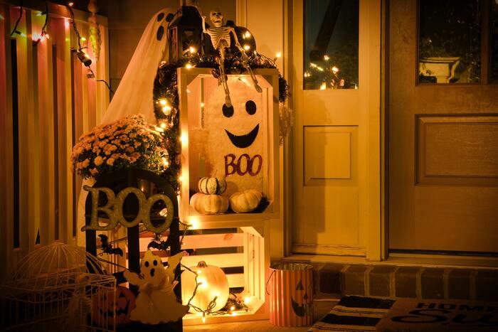 Halloween Instagram Captions - Ghost decor