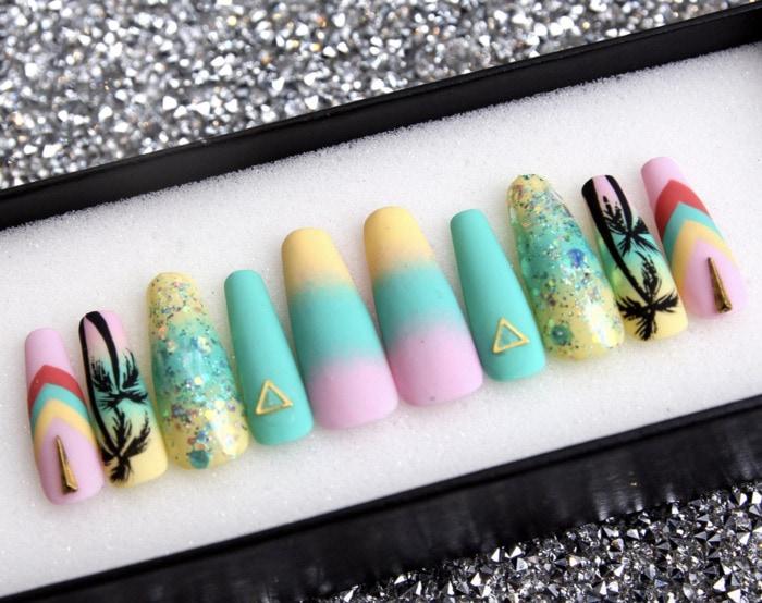 Beach Nail Art - Miami fever press on nails