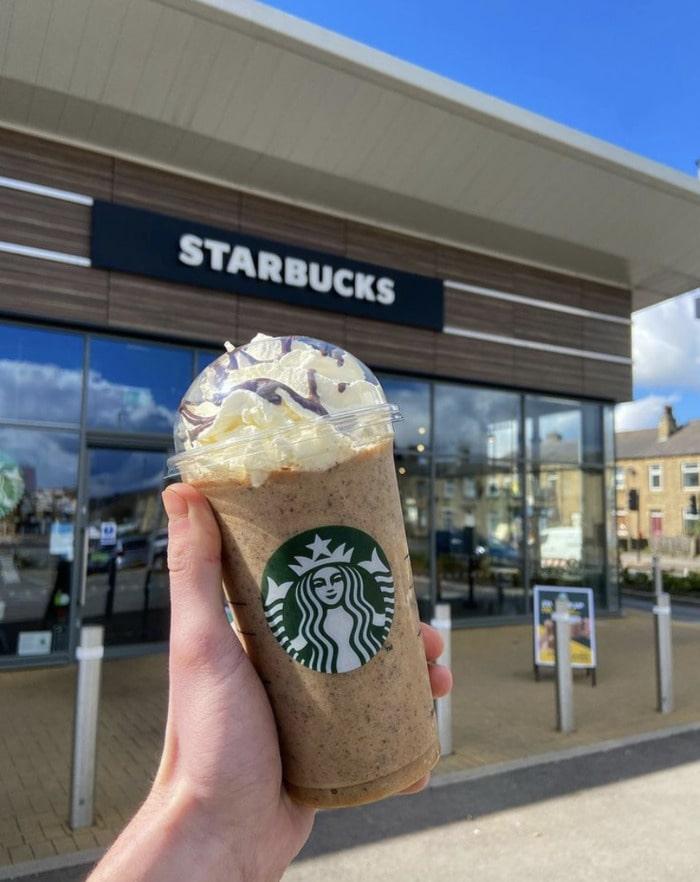 Starbucks Secret Menu Frappuccinos - Kinder Bueno Frap