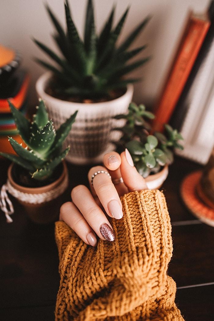 Gel Nails - Orange SweaterGel Nails - Orange Sweater rose manicure rose nails