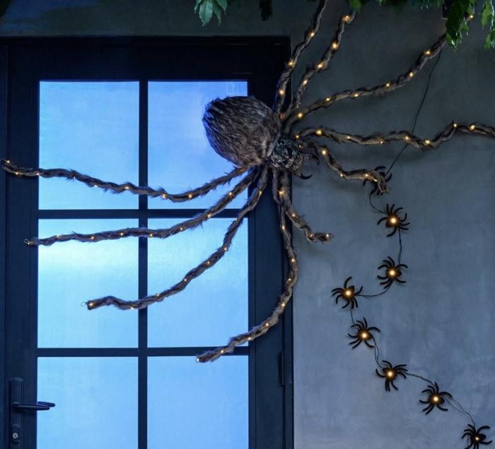 Pottery Barn Halloween - Spider