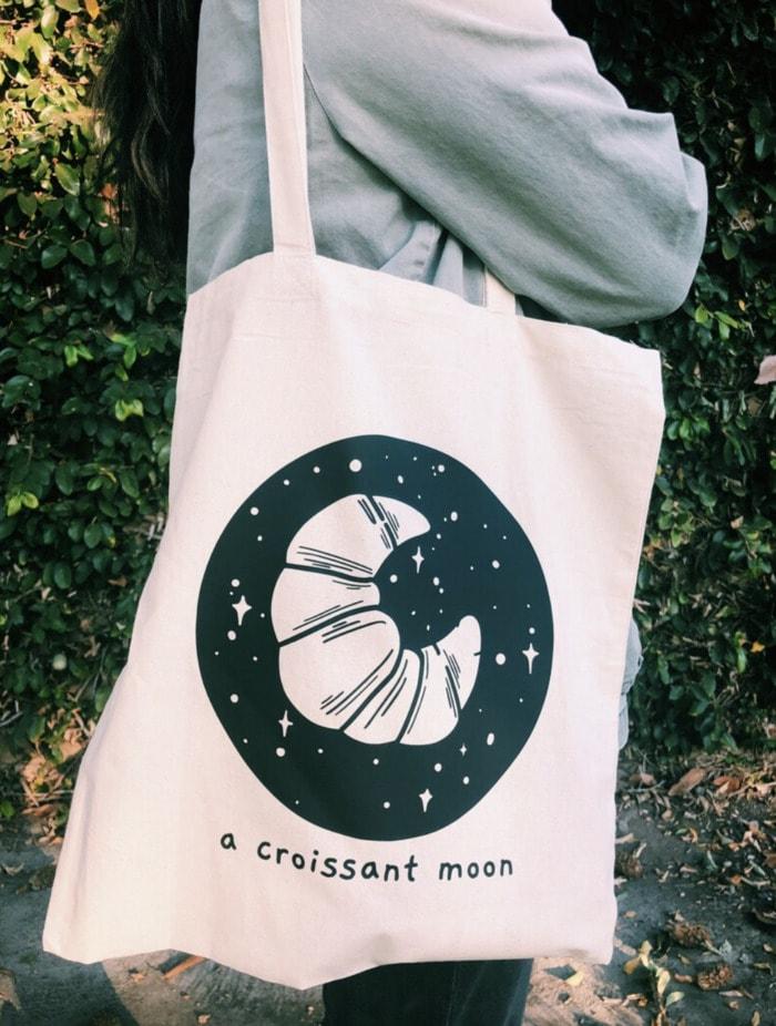Bread Puns - croissant moon tote bag