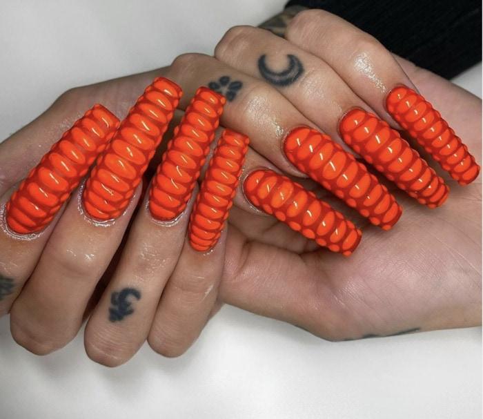 Fall Nail Ideas - textured stilletto nails