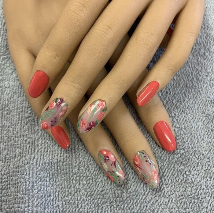 Fall Nail Ideas - abstract autumn nails