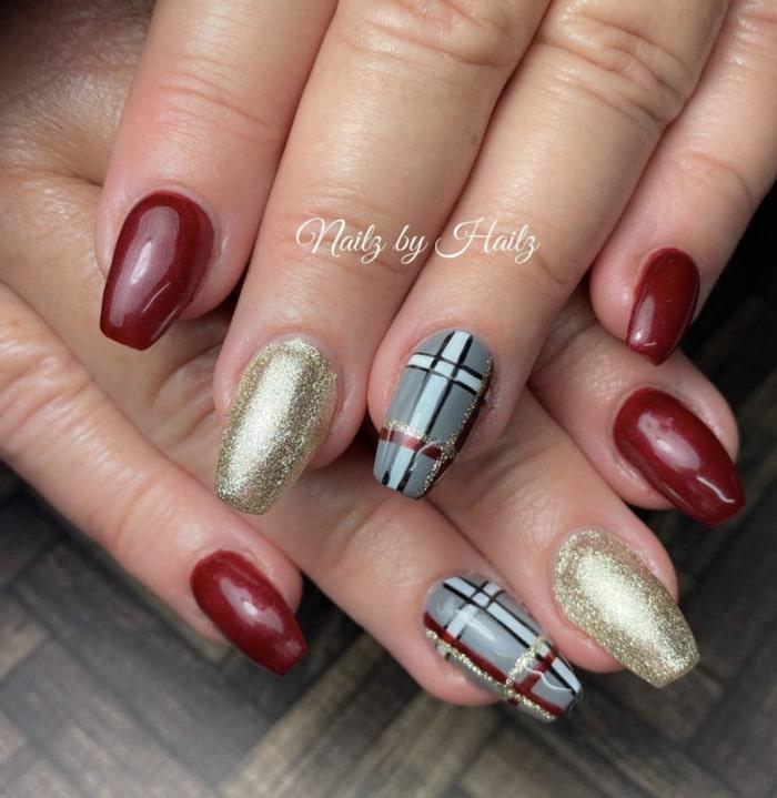 Fall Nail Ideas - pops of plaid nails