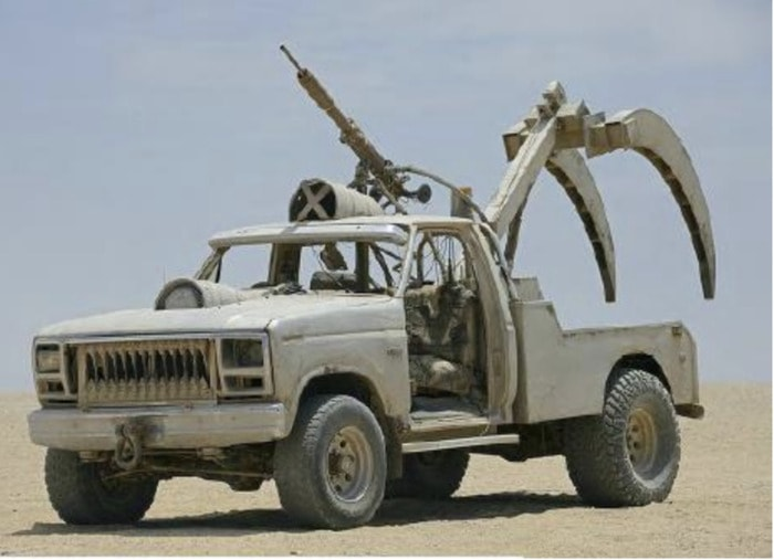 Mad Max Fury Road Cars - Sabre Tooth