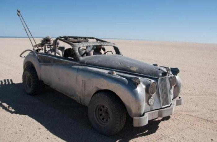 Mad Max Fury Road Cars - Jag Flamer