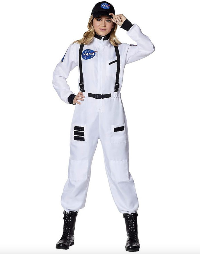 Halloween Costume Ideas 2021 - astronaut