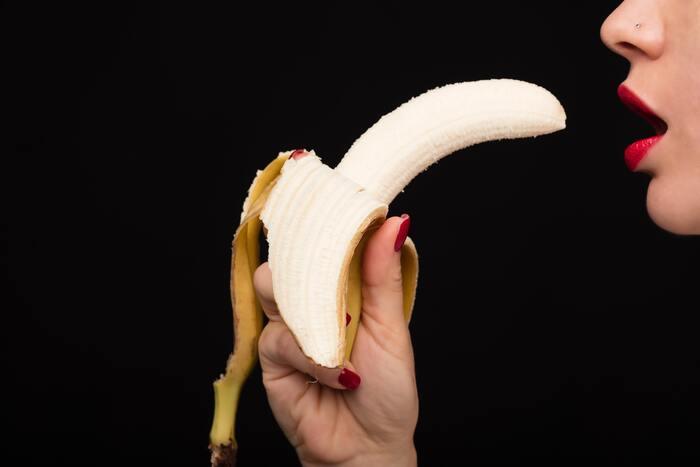69 Position - banana eating