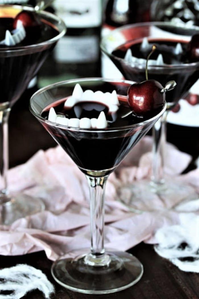 Halloween Cocktails - Dracula's Blood
