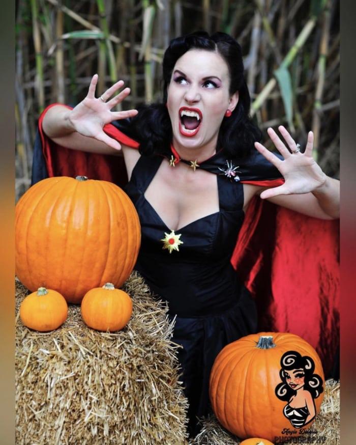 Easy Halloween Costumes - Vampire