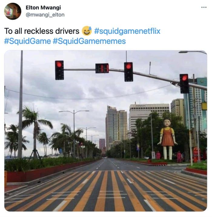 Squid Game Memes - Red light green light
