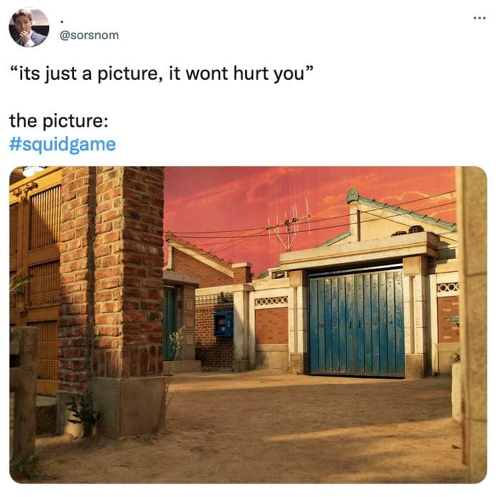 Squid Game Memes - alleyway